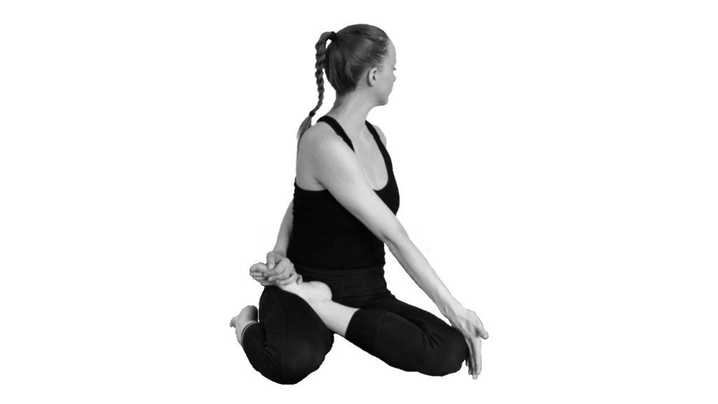 bharadvajasana yoga twisting