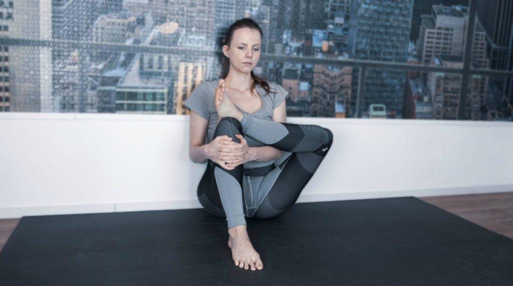 yoga duifhouding heupopener