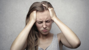 hoofdpijn door yoga